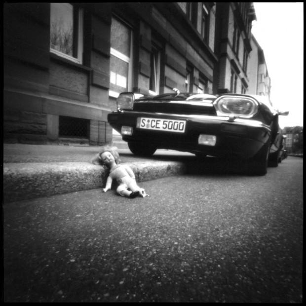 Foto mit Camera Obscura - Jaguar und die Puppe