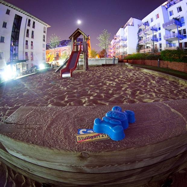 Stuttgart21 Sandkasten Kinderspielplatz Gegner Befürworter