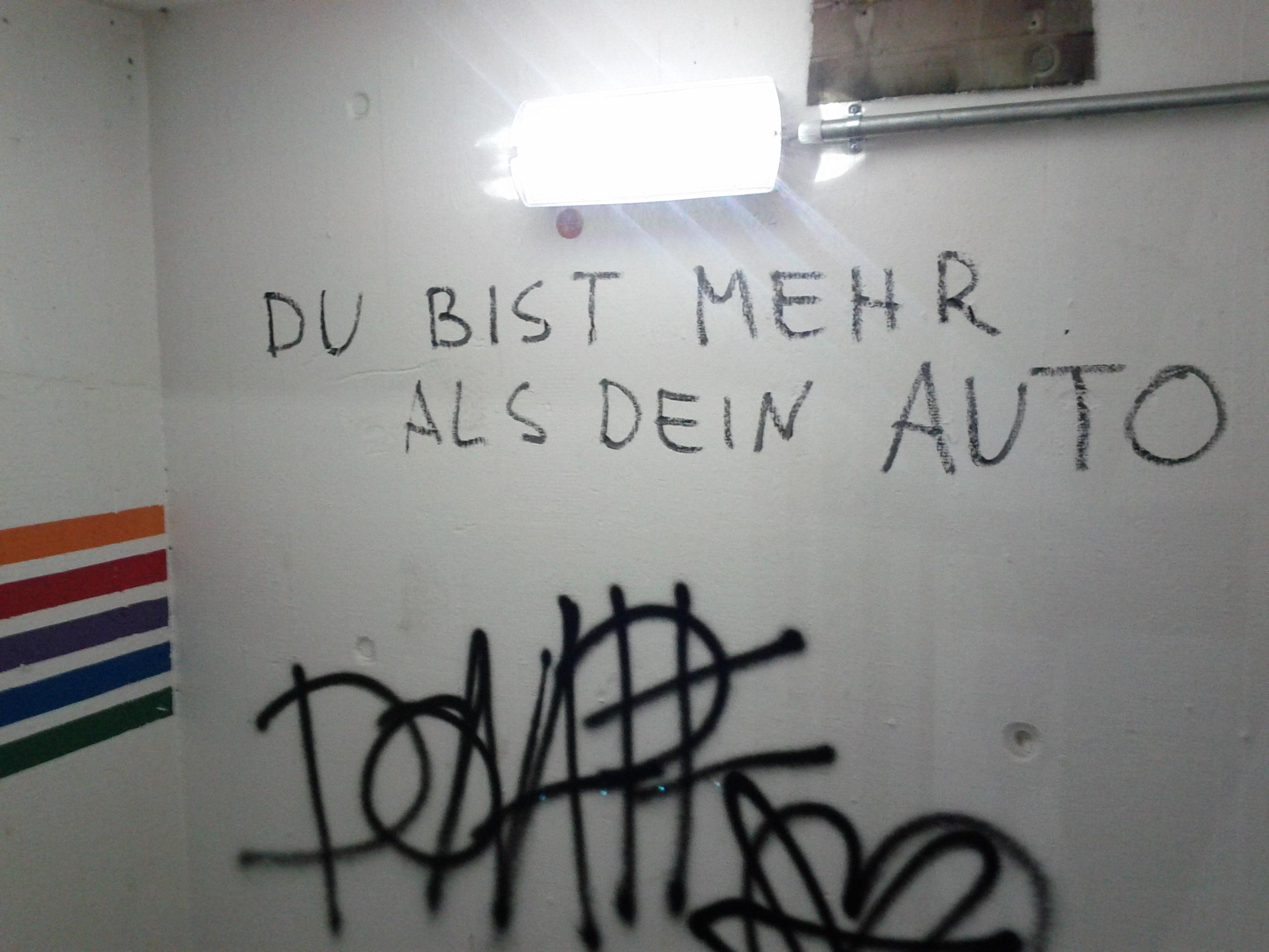 Du bist mehr als dein Auto - Stuttgart Parkhaus