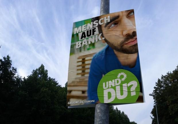 Wahlplakat Bündis90/Die Grünen zur Bundestagswahl 2013 - Mensch vor Bank
