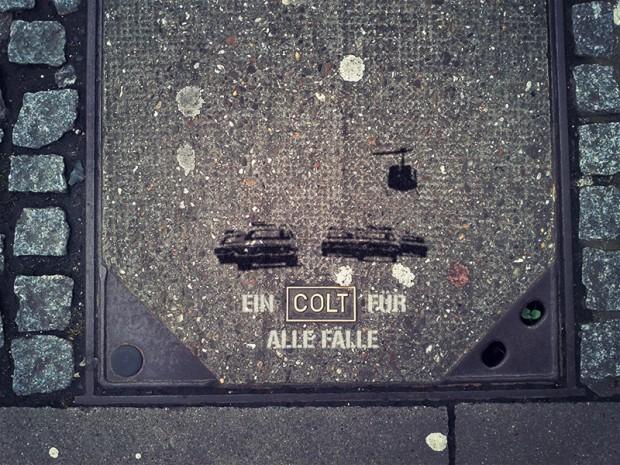 ein colt für alle fälle kanaldeckel gullideckel streetart stuttgart