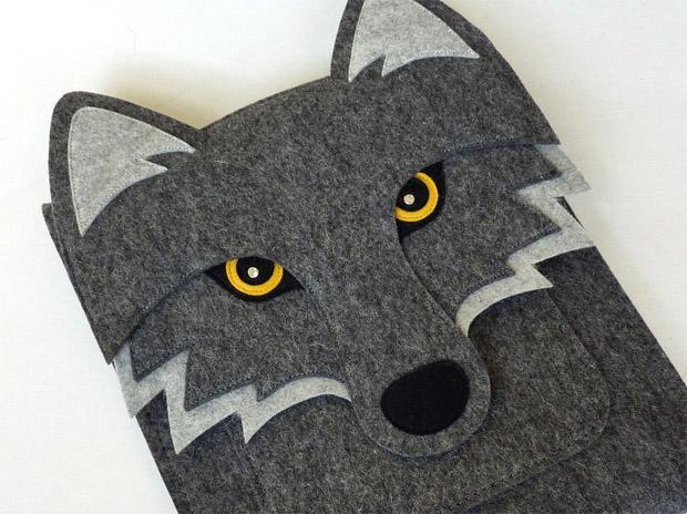 Wolf als Tasche für das iPad 1,2 und 3 - von BoutiqueID bei etsy