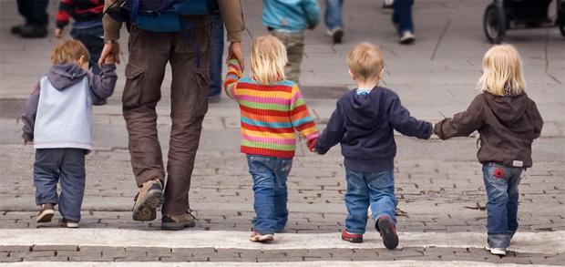 Kinder brauchen unsere Hände nicht um geschlagen zu werden