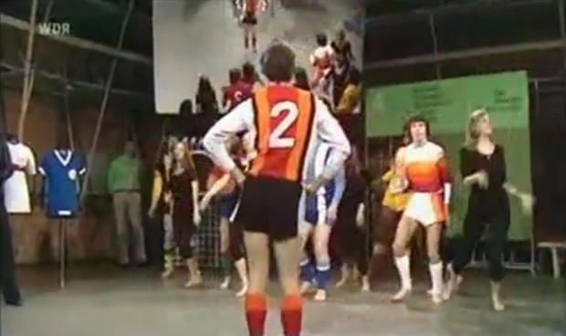 Der geheime Tanz der deutschen Nationalmannschaft gegen Holland